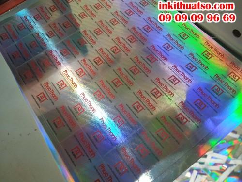 Decal tem nhãn 7 màu có công dụng làm nổi bật thông tin cho doanh nghiệp, bền và đẹp